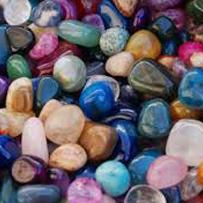 Edelstenen- imitatiestenen - natuursteen